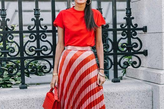 colour-of-the-week-red