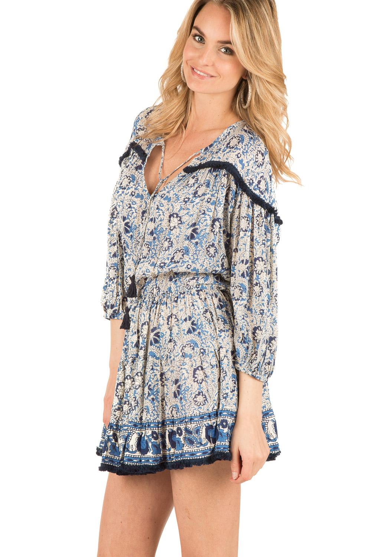 Match je casual jurk met een dikke TRUI of met een van je favoriete JEANS. Zo weet je zeker dat je warm blijft tijdens de koude wintermaanden. Zo weet je zeker dat je .