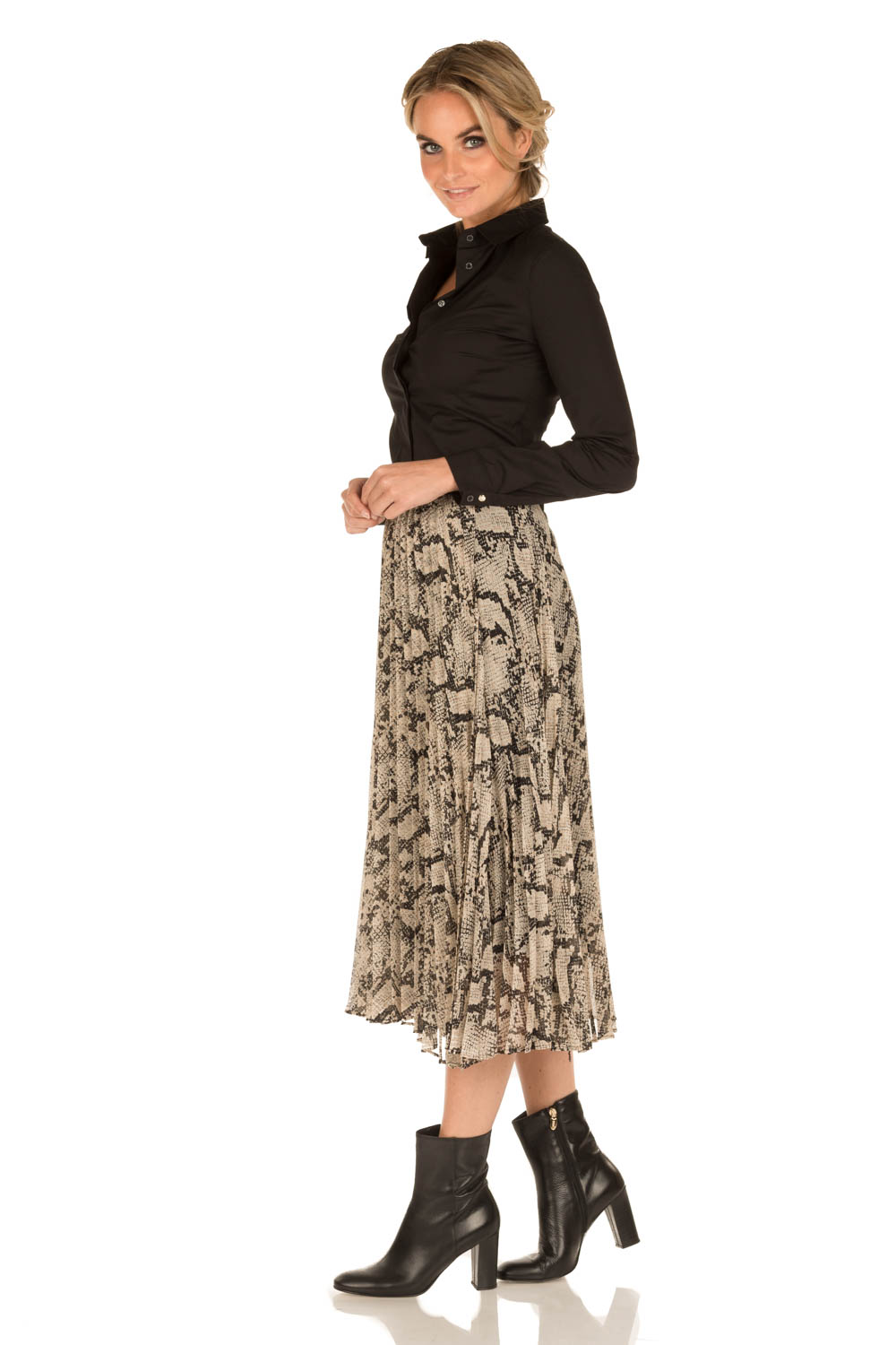 4a18222d704 ... By Malene Birger | Pleated skirt Wikumedi | print | Picture ...