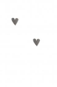 Betty Bogaers | 925 sterling zilveren oorbellen Asymmetric Heart | zilver  | Afbeelding 2