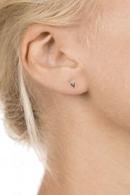 Betty Bogaers | 925 sterling zilveren oorbellen Asymmetric Heart | zilver  | Afbeelding 3