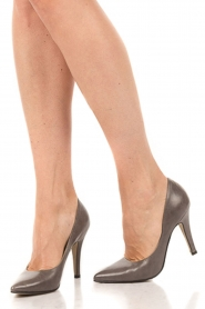 Noe | Leather pumps Nicole | grey  | Picture 2