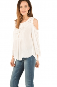 Hale Bob | Off-shoulder top Frankie | wit  | Afbeelding 4
