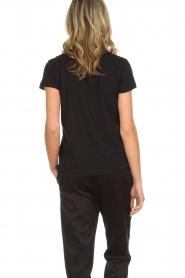 Munthe | Katoenen T-shirt met steentjes Norha | zwart  | Afbeelding 5