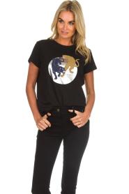 Munthe    Printed T-shirt Nostalgic   black    Picture 2