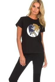 Munthe | T-shirt met opdruk Nostalgic | zwart  | Afbeelding 4