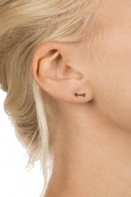 Betty Bogaers | 14k verguld gouden oorbellen Arrow | goud  | Afbeelding 3