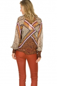 Dante 6 |  Blouse with print Rayner | brown  | Picture 6