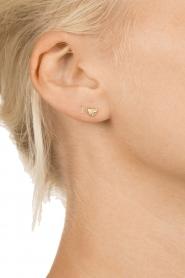 Betty Bogaers | 14k verguld gouden oorbellen I Love | goud  | Afbeelding 3