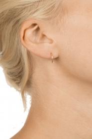 Betty Bogaers | 14k verguld gouden oorbellen Plain Hoop | goud  | Afbeelding 3