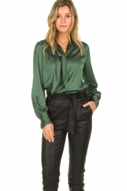 Dante 6 |  Satin pussybow blouse Rodeo | green  | Picture 2