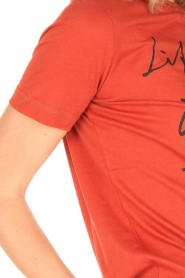 By Malene Birger   T-shirt Levery   rood    Afbeelding 6