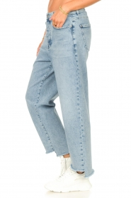 7 For All Mankind |  Mom fit jeans Dylan | light blue   | Picture 5