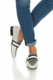 What For |  Striped leather loafers Lucya | black & white  | Picture 3
