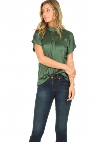 Dante 6 |  Shiny blouse | green   | Picture 4