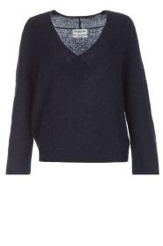 Essentiel Antwerp | Warme trui met V-hals Paling | donkerblauw  | Afbeelding 1