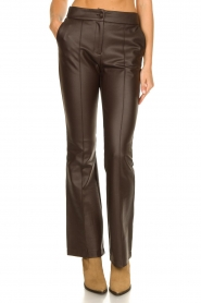 Nenette |  Faux leather flared pants Erica | brown  | Picture 4