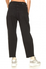 7 For All Mankind |  Mom fit jeans Dylan | black  | Picture 7