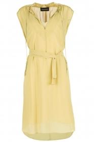 By Malene Birger | Los vallende jurk Bolisma | geel  | Afbeelding 1