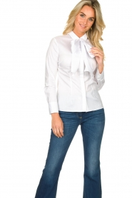 Nenette |  Blouse with bow detail Fama | white  | Picture 5