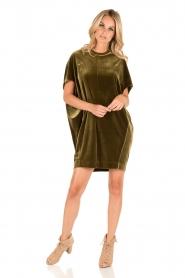 By Malene Birger | Velvet jurk Nitrak | groen  | Afbeelding 5