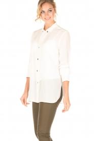 By Malene Birger | Zijden blouse Verao | wit  | Afbeelding 4