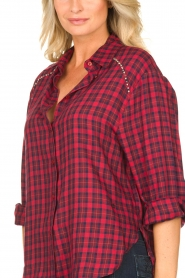 Kocca |  Checkered blouse Changa | red  | Picture 5