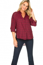 Kocca |  Checkered blouse Changa | red  | Picture 8