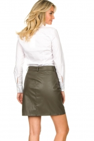Kocca |  Faux leather belted skirt Brases | green  | Picture 6