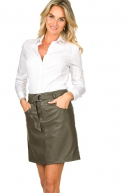 Kocca |  Faux leather belted skirt Brases | green  | Picture 4