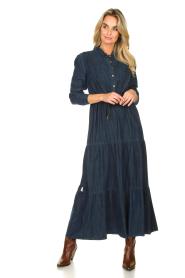 Kocca |  Denim maxi dress Nasify | blue  | Picture 3