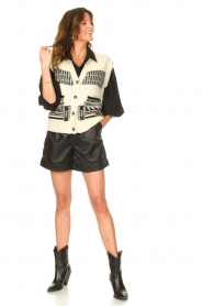 Set |  Leather paperbag short Lynn | black  | Picture 4