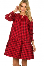 Munthe |  Checkered dress Jamilla | red  | Picture 5