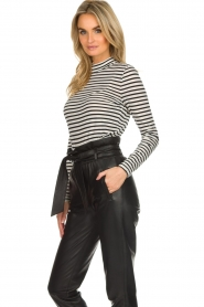 Set |  Striped top Claire | black & white  | Picture 4