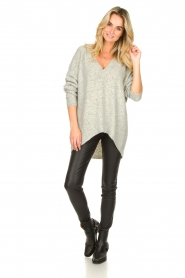 Silvian Heach |  V-neck sweater Marzo | grey  | Picture 3