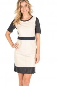 Arma | Leren jurk Holly | beige/blauw  | Afbeelding 2