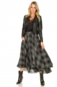 Silvian Heach |  Printed midi skirt Chopper | black  | Picture 3