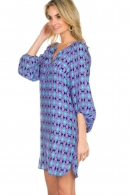 Alice & Trixie |  Silk dress with print Vaya | blue  | Picture 4