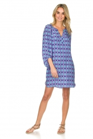 Alice & Trixie |  Silk dress with print Vaya | blue  | Picture 3