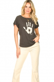 Rabens Saloner    T-shirt with print Filina Palm   black    Picture 2