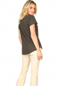 Rabens Saloner    T-shirt with print Filina Palm   black    Picture 7