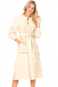 Lolly's Laundry |  Midi dress with pockets Karlo | creme  | Picture 2