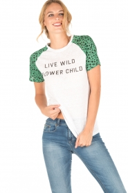Zoe Karssen | Linnen T-shirt Flower Child | wit/groen  | Afbeelding 2