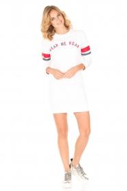 Zoe Karssen | Lange sweater Hear Me Roar | wit  | Afbeelding 3