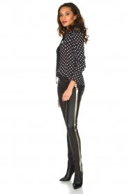ELISABETTA FRANCHI | Gestipte blouse met kant | zwart  | Afbeelding 3