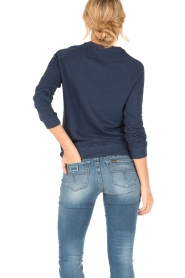 Zoe Karssen | Sweater Good Girls | donkerblauw  | Afbeelding 4