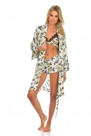 Love Stories |  Printed satin pyjama shorts Audrey Lemon | white  | Picture 3