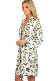 Love Stories |  Printed satin kimono gown Jolie | white  | Picture 5