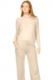 Knit-ted |  Merino turtle neck sweater Lois | beige  | Picture 4
