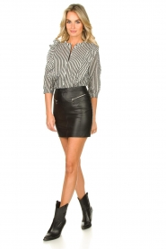 Patrizia Pepe |  Faux leather skirt Caro | black  | Picture 3